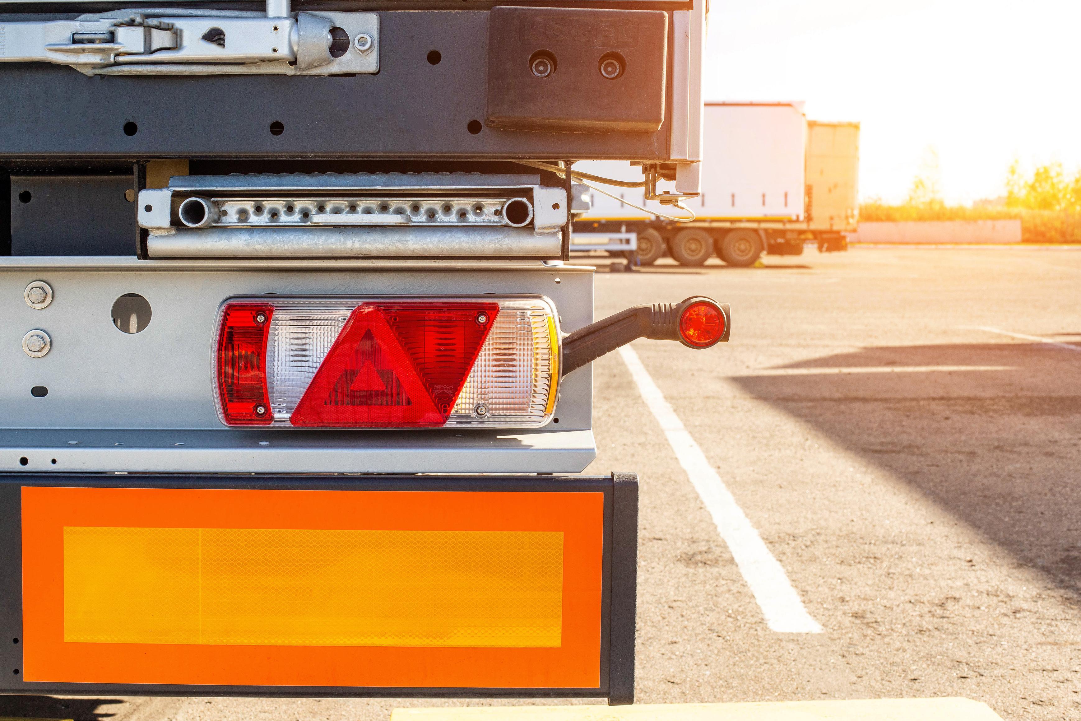 140517810-truck-driver-semitrailer-rear-